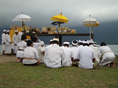 bedugul ceremony (dohnjo) Tags: people bali indonesia asian religious asia ceremony culture tropic hindu hinduism azie balinese