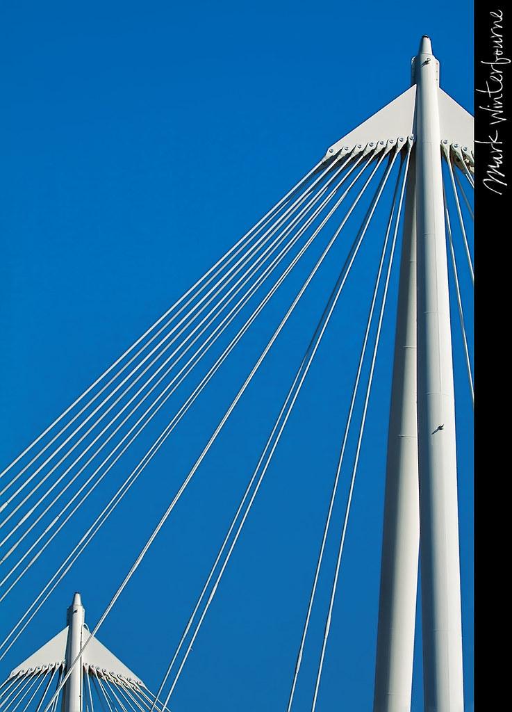 Uprights | Bridge