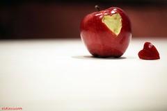 Thanks Mr.Jobs - Gracias Mr.Jobs (eldiecisiete) Tags: light luz apple canon macintosh eos mac heart jobs steve stevejobs tribute corazn canoneos5dmarkii