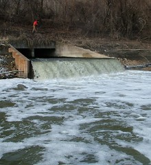 Wastewater treatment plant outfall - Blue River, Kansas City_crop