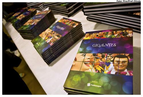 Lançamento do documentário Gigantes e do livro Bonecos na ladeira