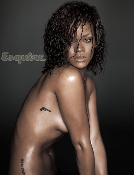 esq-02-rihanna-sexiest-woman-alive-1111-lg