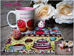 Festival Cupcakes (**DASDE Artes!**) Tags: cupcakes mug rug doubleface duplaface mugrug tapetedecaneca