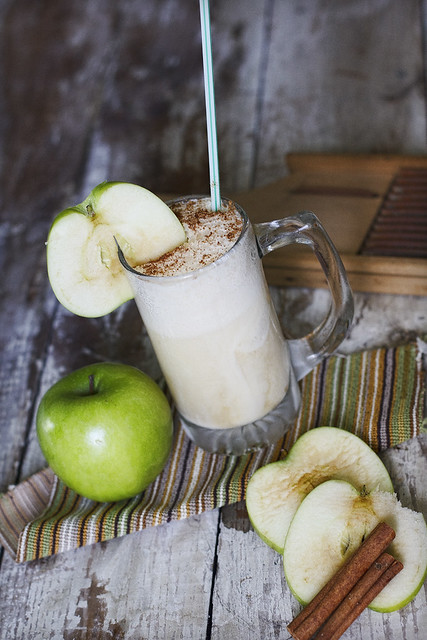 Apple Cinnamon Float