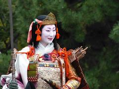 """""""Tomoe Gozen"""" on horseback (arumukos) Tags: kyoto maiko geiko kimono gion teahouse yakata maikosan ochaya okiya hanamachi tomoegozen gionkobu geikosan kagai ozashiki gionkoubu ochayagame ozashikiasobi tamahasan jidaimatsuri2011"""