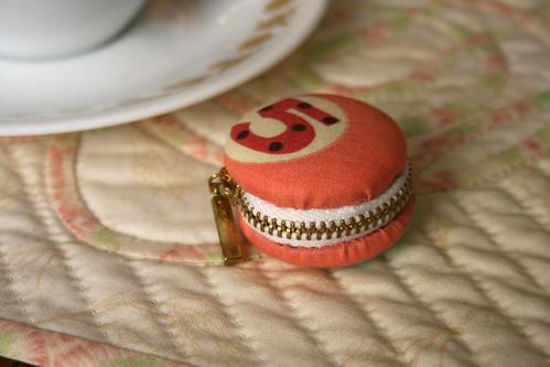Macaron Pouch