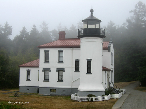 Admiralty Head Light