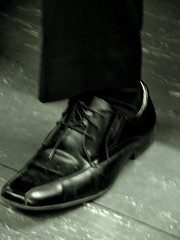 (Hyla Levy) Tags: toronto leather subway foot shoe ttc disconcerting