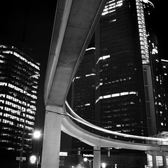 curves III (.insomniac) Tags: longexposure night detroit peoplemover monorail rencen renaissancecenter