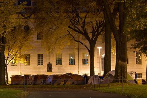 11_10_11 OccupyHarvard Encampment on Harvard Yard at 0115 am