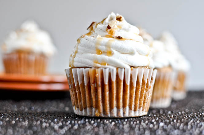 Sweet potato pie cupcakes with marshmallow frosting plus recipe link