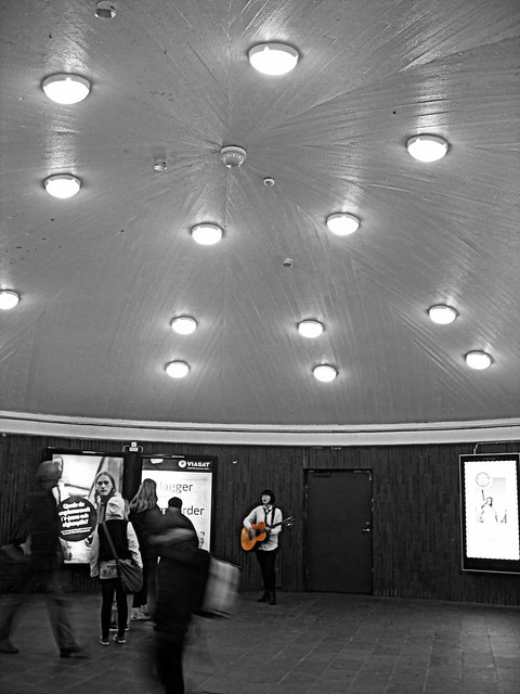 Impromptu concert in the subway - #1