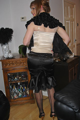 (isabel_girl1970) Tags: stockings crossdressing transgender transvestite seamed satinskirt