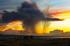 DANSANDI SKÚRASKÝ (HPHson) Tags: sunset sky cloud rain iceland soe ský himinn sólarlag blueribbonwinner supershot justclouds flickraward platinumheartaward skúraský flickraward5 hphson sonyslta55