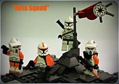Lieutenant Lacces Xeta Squad (n7mereel) Tags: red orange trooper black green hearts star lego space 11 queen corps dk sniper mission bazooka wars clone magnum taris lieutenant mereel 2011 racker boombs brickarms 191011 lacce 457th hcsr n7mereel 194059