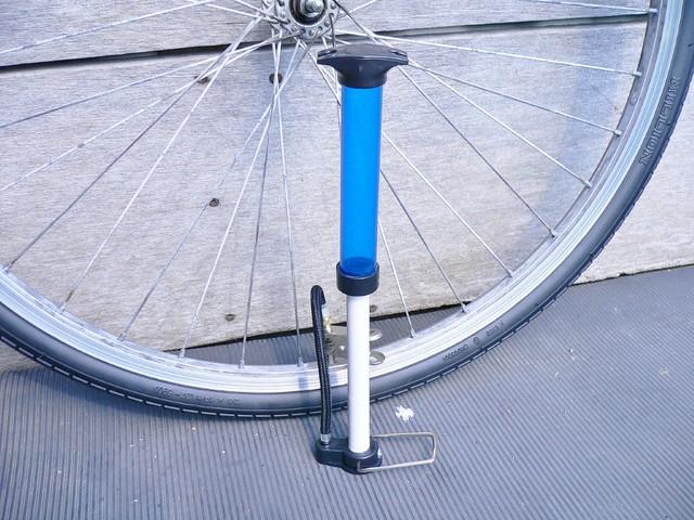 100円自転車空気入れ #5
