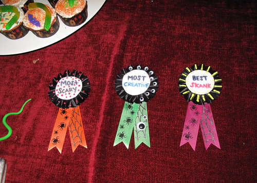 Costume prize ribbons