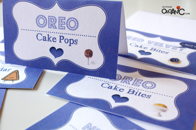 DIY: Make your own food tents for your dessert table (incl. free printable)