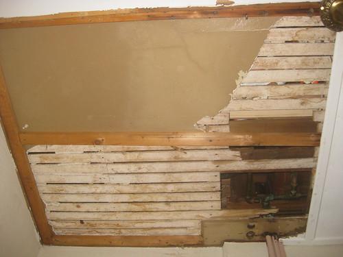 2011 11 05 Pantry ceiling 016