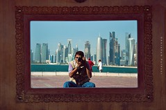 OPPORTUNIST ;D (puthoOr photOgraphy) Tags: selfportrait lightroom dohaqatar d90 adobelightroom selfi nikond90 lightroom3 puthoor gettyimagehq