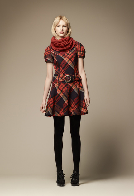 burberry blue label fall collection 2011_7