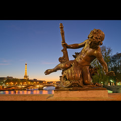 Chrubin sur fond de Tour Eiffel (Zed The Dragon) Tags: morning bridge light sunset 3 paris statue night reflections children french lights iso100 long exposure flickr niceshot child shot minolta sony iii 28mm eiffel images best musee fave exposition ciel 1900 cherub getty pont faves alpha nuage alexandre enfant nuit pyramide mange reflets hdr sal lelouvre fond zed gettyimages 1889 francais alexandreiii parisien favoris universelle poselongue 0sec chrubin f110 a850 hpexif minolta28mmf2 concordians 100comment dslra850 alpha850 zedthedragon 100coms artistoftheyearlevel2