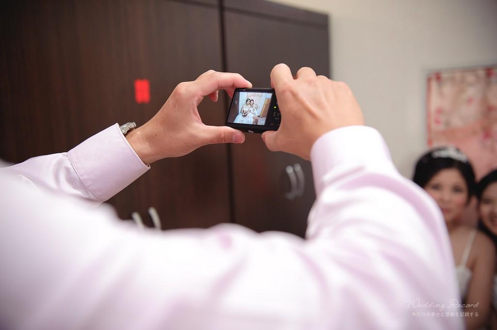 6353282841_f5777c159e_o-法鬥影像工作室_婚攝, 婚禮攝影, 婚禮紀錄, 婚紗攝影, 自助婚紗, 婚攝推薦, 攝影棚出租, 攝影棚租借, 孕婦禮服出租, 孕婦禮服租借, CEO專業形象照, 形像照, 型像照, 型象照. 形象照團拍, 全家福, 全家福團拍, 招團, 揪團拍, 親子寫真, 家庭寫真, 抓周, 抓周團拍
