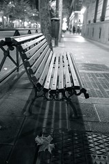Bench and leaf (Time.Captured.) Tags: madrid street city autumn bw fall night bench fuji nacht pavement laub herbst bank sw blatt pflaster hbm x100 blatter happybenchmonday fujix100