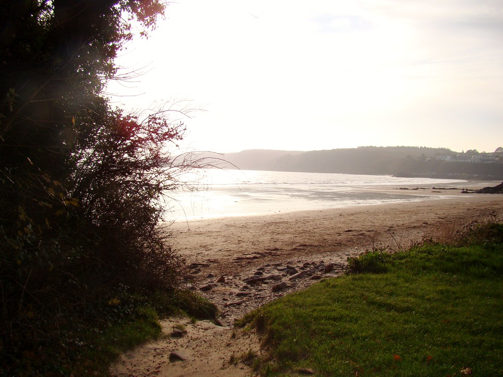 Coppet Hall beach