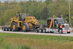 Groupe Bellemare Freightliner 483 with Talbert gooseneck trailer & CAT 988H 09222011-59 Ian A. McCord (ocrr4204) Tags: tractor ontario canada wheel cat truck big nice nikon highway action sweet flag awesome great wide machine super flags caterpillar machinery camion massive huge vehicle trucks trailer mccord float loader oversized heavy load transcanada trucking 401 haul gooseneck oversize 18wheeler tractortrailer dimensional bigrig wideload d300 freightliner lowboy highway401 morrisburg bellemare fishbelly 988h groupebellemare worldtruck ianmccord ianamccord