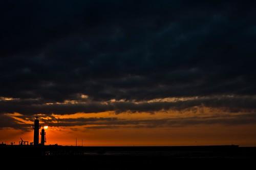 Coucher de soleil à Trouville beach by esquimo_2ooo