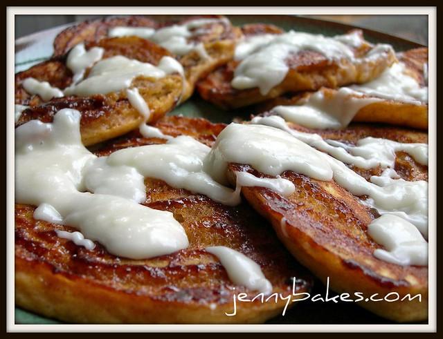 Pumpkin Cinnamon Bun Pancakes