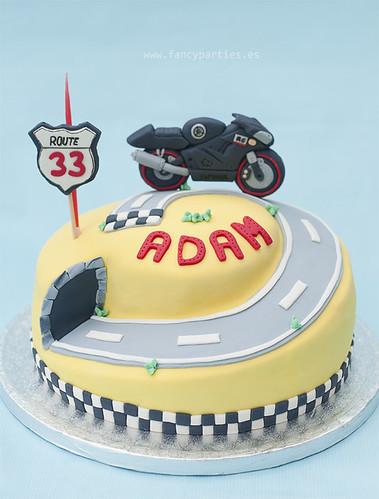 Yamaha R6 Racing Cake 1/3