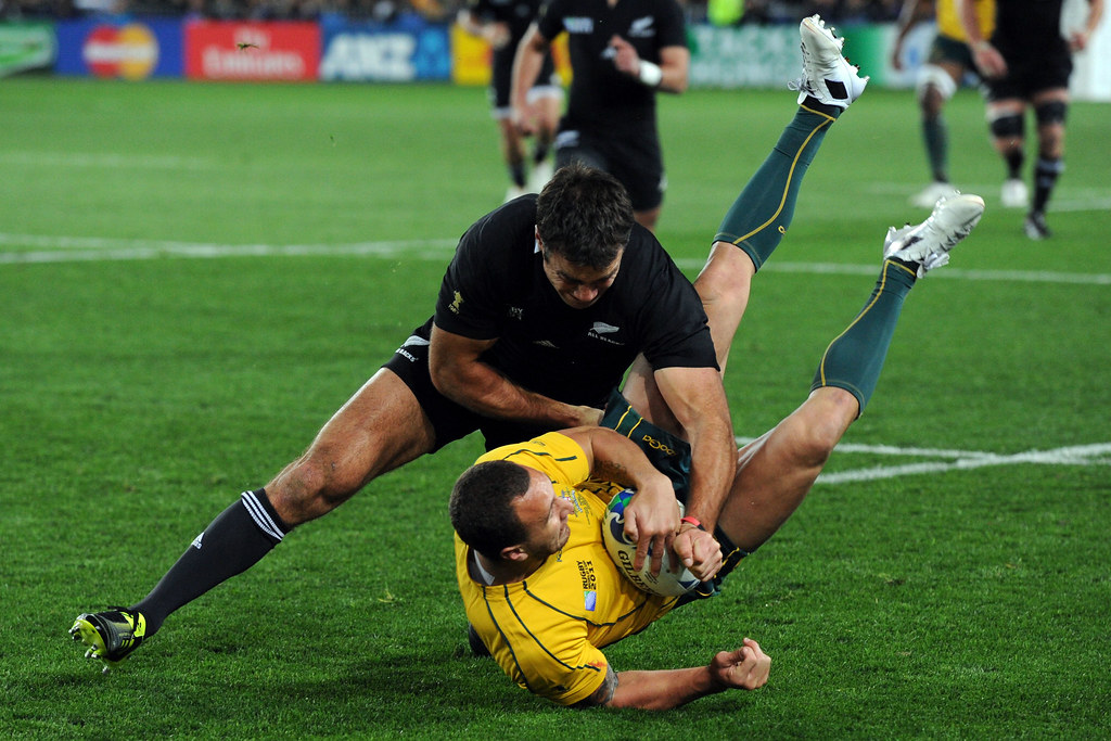 Richard Kahui tackles Quade Cooper 16/10/2011