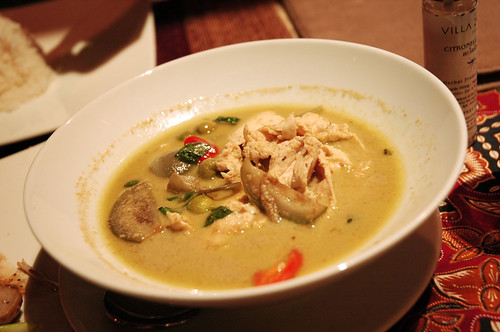Villa Zolitude - Green Curry Chicken
