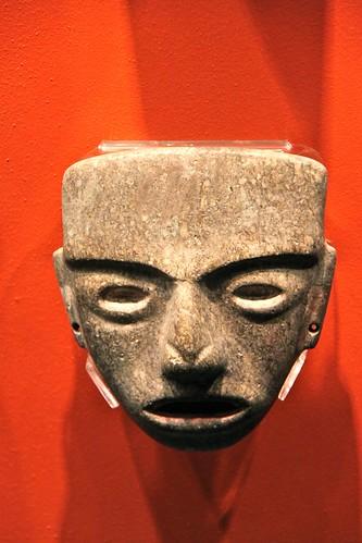 136.Máscara
