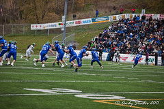 _MG_1164 (Alexandre Agassian) Tags: canada football university quebec montreal or vert sherbrooke et gilles duceppe carabins