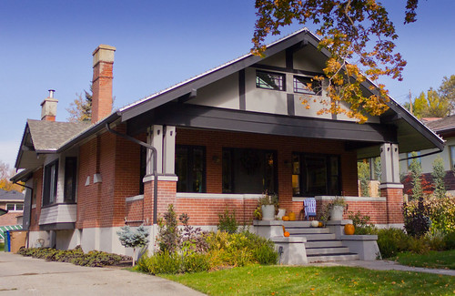 Black Trim Craftsman Bungalow