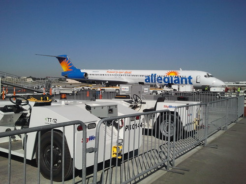 Walking to Allegiant MD-83