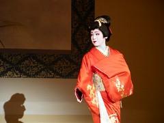 Tsunemomo : Gion Odori 2011 (Rishasoul) Tags: japan lady kyoto maiko geiko geisha kimono gion odori gionodori tsunemomo