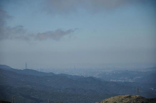 半平山山頂上遠眺101