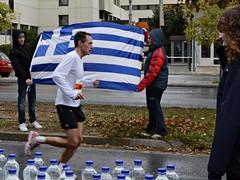 29th Athens Classic Marathon (Eleanna Kounoupa) Tags: flag athens greece ελλάδα σημαία αθήνα classicmarathon αθλητισμόσ ελληνικήσημαία sportraces κλασσικόσμαραθώνιοσ αγώνεσδρόμου