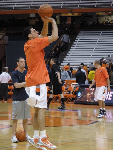 Andy Rautins during warmups