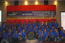 "Bank Mandiri Makassar • <a style=""font-size:0.8em;"" href=""http://www.flickr.com/photos/41601386@N04/5916469907/"" target=""_blank"">View on Flickr</a>"