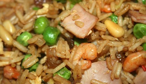 36 - Gebratener Reis mit Shrimps - CloseUp