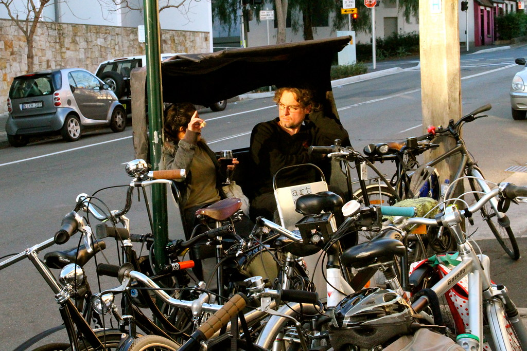 bike socialising 7275