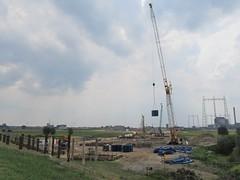 Nijmegen, Oosterhoutsedijk (Stewie1980) Tags: netherlands canon nijmegen site construction crane nederland powershot bouw lent gelderland kraan bouwplaats nimwegen sx130 nimgue deoversteek stadsbrug sx130is canonpowershotsx130is