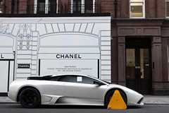 Unlucky. (Alex Penfold) Tags: auto street camera white london cars alex sports car sport mobile canon clamp photography eos photo cool funny flickr image awesome flash picture super spot knightsbridge exotic photograph lp pearl spotted hyper lamborghini supercar spotting numberplate exotica sportscar sportscars supercars murcielago lambo penfold 640 sloane spotter murci 2011 clamped lp640 hypercar 60d hypercars alexpenfold