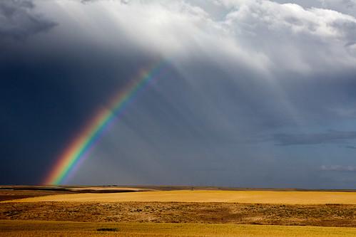 [フリー画像] 自然・風景, 虹, 雲, 201107211900