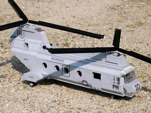 Custom minifig CH-46 Sea Knight: Decaled